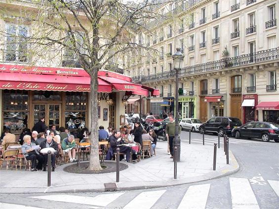 Појадок во Париз