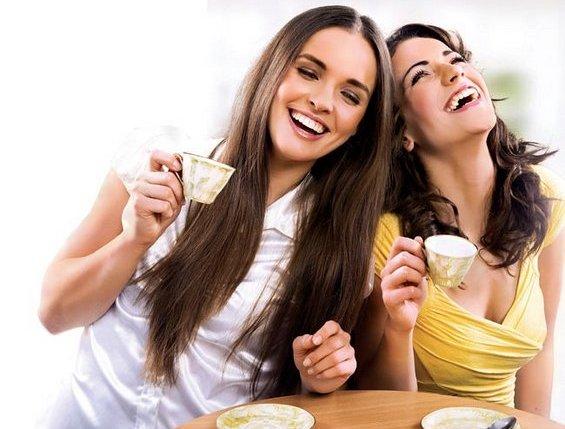 Како да најдете баланс помеѓу вашите пријатели и партнерот