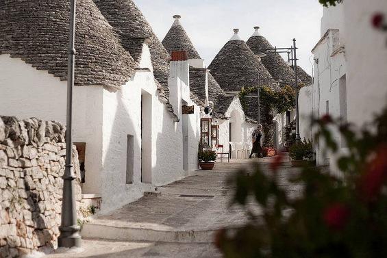 Италијанската верзија на хобитското село