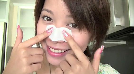 Како совршено да ја исчистите нечистотијата од вашето лице?