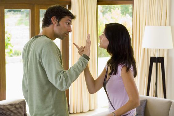 Пет ситуации во кои е подобро да премолчите