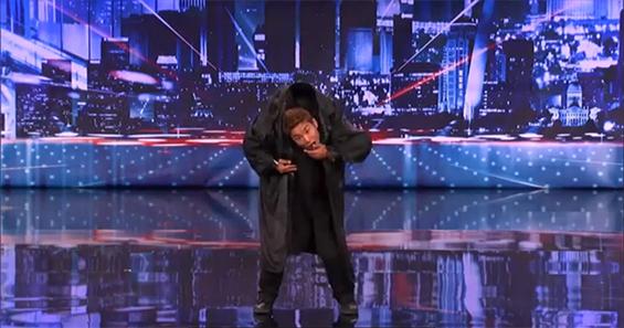 Неверојатни танцувачки потези во изведба на американското шоу за таленти