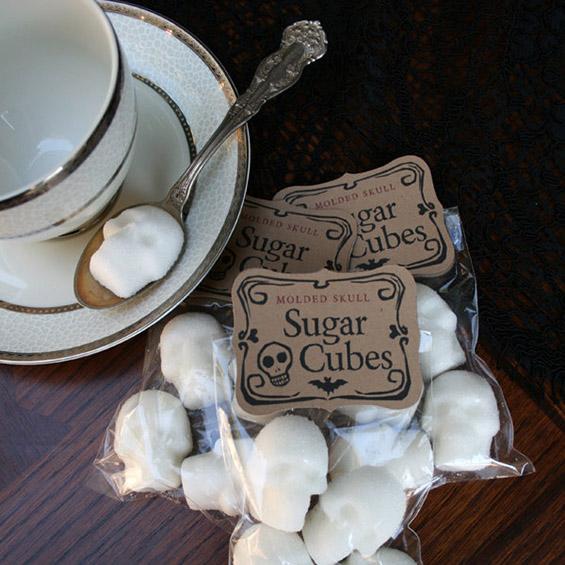 (12) Коски и черепи за послатко утринско кафенце