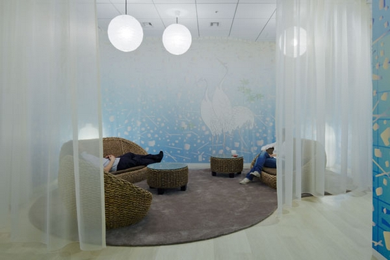"""(14) Канцелариите на """"Гугл"""" во Токио"""
