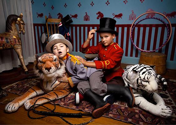 """Нападот од страна на тигар врз познатиот магионичар Рој Хорн, од естрадната двојка """"Зигфрид и Рој"""", за време на шоуто во Вегас"""