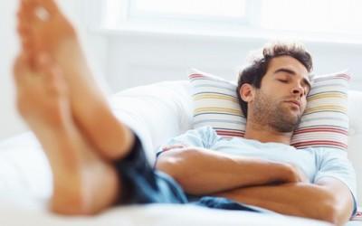 Попладневната дремка го елиминира стресот