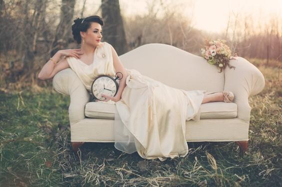 Романтична свадбена фотосесија сместена во 20-тите
