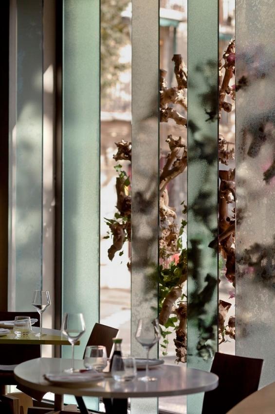 Ресторан во Барселона кој плени со својот шарм