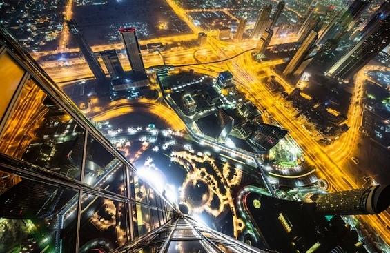 Прекрасни фотографии од Дубаи направени од врвовите на високите згради