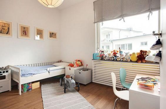 Минималистички стан во Шведска кој зрачи со топлина