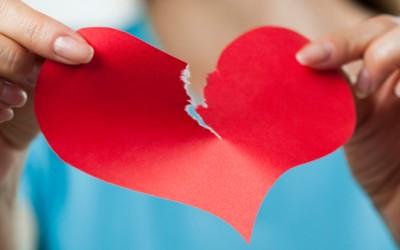 10 зачудувачки факти за бакнувањето, раскинувањето и социјалните мрежи