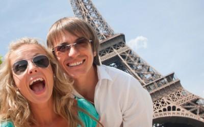 Клише фотографии од одмор кои луѓето ги споделуваат на Фејсбук