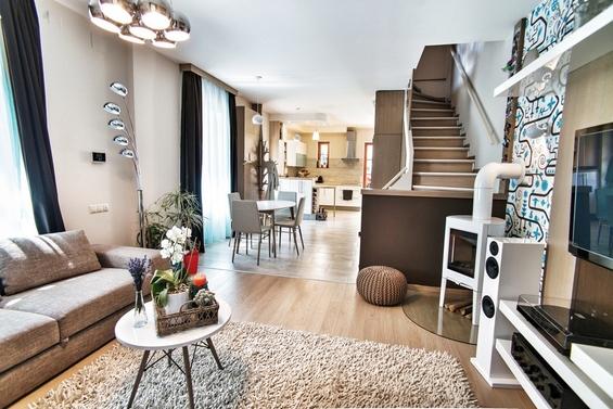 Модерен двокатен стан во Будимпешта