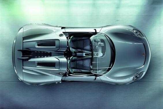 Новиот хибриден супер-автомобил на Порше