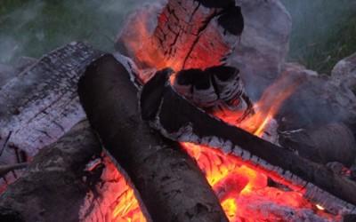 5 начини да запалите оган со помош на вода