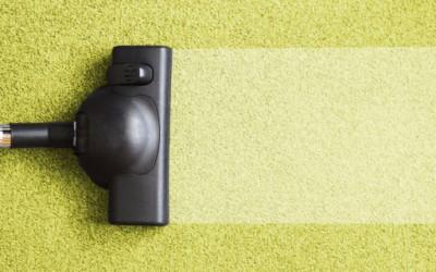 Пет одлични трикови за справување со прашината во домот