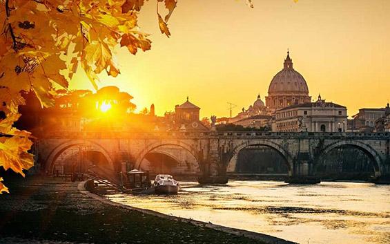 Причини да го посетите Рим наесен
