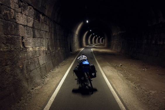 Пат околу светот со велосипед