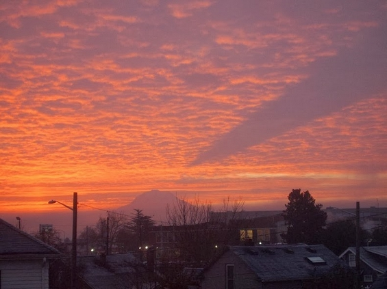 Погледнете ја неверојатната сенка на планината Реинер