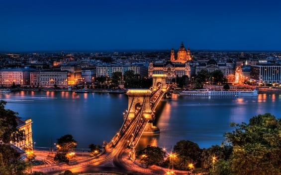 Зошто морате да го посетите магичниот град Будимпешта?