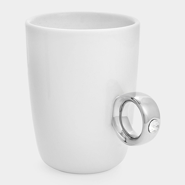 Шолја за кафе на која мора да ѝ кажете ДА