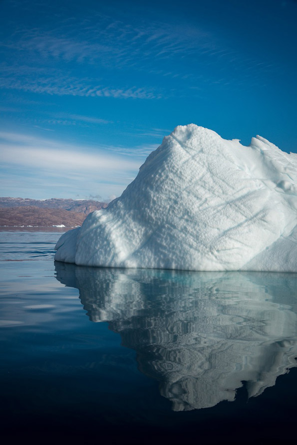 Ледени структури кои изгледаат како да се од некој друг свет