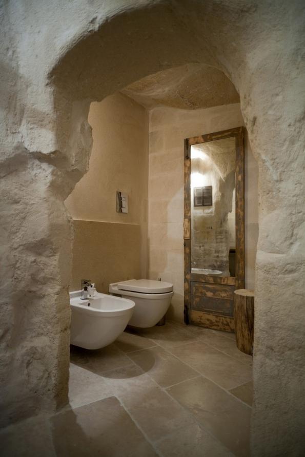 Преубав модерен хотел сместен во стара италијанска пештера