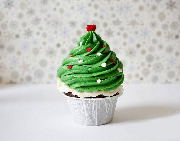 Волшебни новогодишни тортички од земјата на чудата