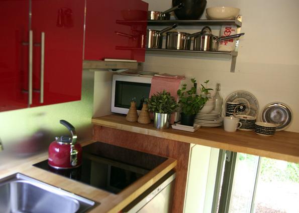 Монтажна куќа за живеење која се склопува за само 4 часа