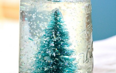 Направете сами: новогодишна кристална топка од тегла
