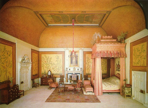 Домот на кралицата Мери како минијатурен, куклен дом