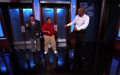 """""""Епик"""" битка во танцување помеѓу 11-годишниот Антоан и 46-годишниот НБА редар Шенон"""