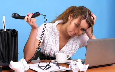 Како да прекинете здодевен телефонски разговор?