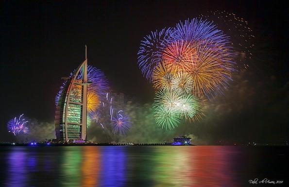Како Дубаи го сруши светскиот рекорд со новогодишниот огномет?