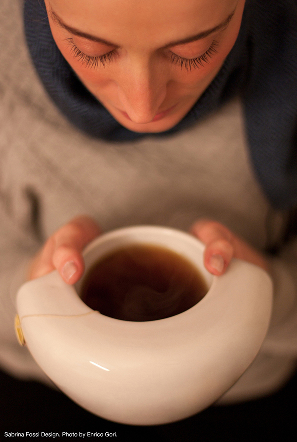 Шолја за кафе и чај која ќе ве стопли во студените зимски денови