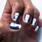Стикери за нокти со неговиот лик