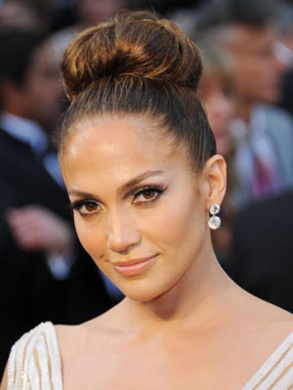 7 едноставни и прекрасни фризури кои ќе ви дадат сосема нов изглед