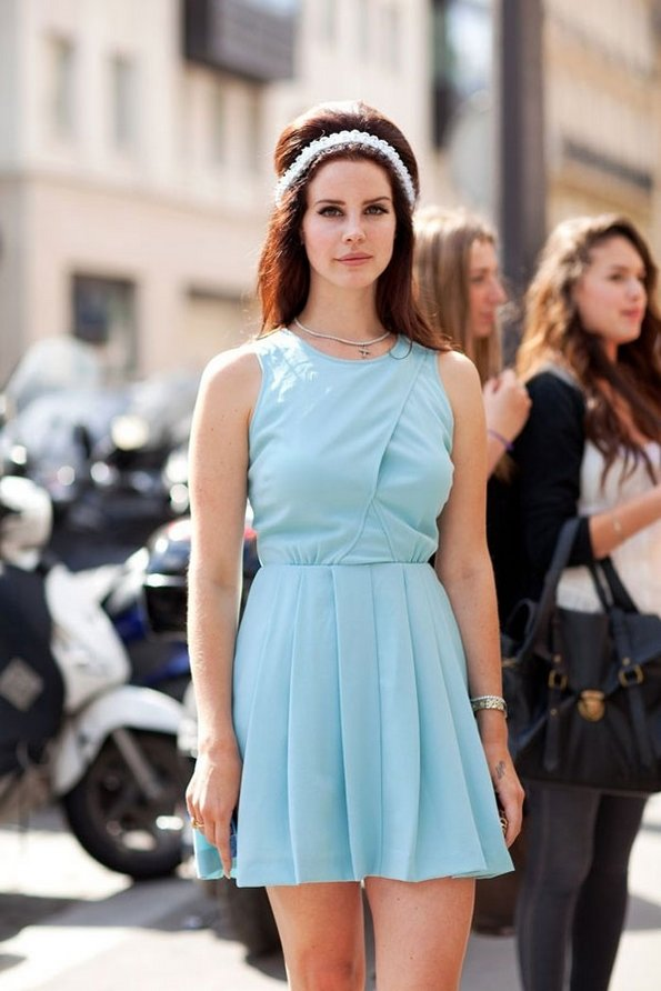 Прекрасни фустанчиња за пролетта што доаѓа