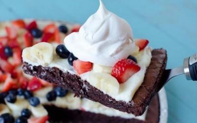 Вкусни чоколадни колачиња со суво овошје и јаткасти плодови