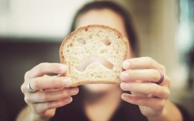 10 знаци дека можеби вашето тело не поднесува глутен