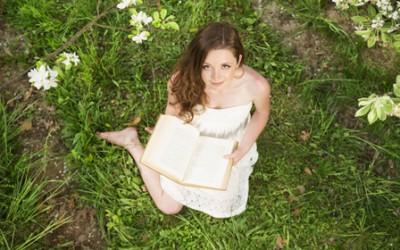 9 знаци дека сте родени да бидете писатели