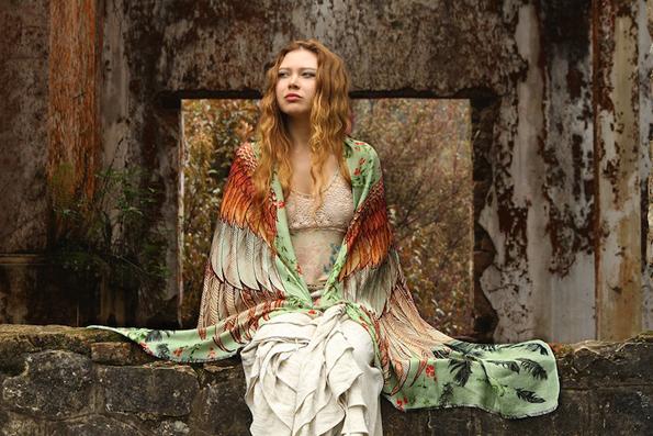 Со овие прекрасни шалови ќе имате крилја како птиците