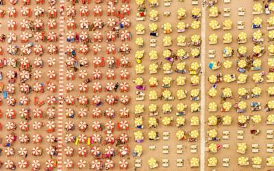 Фотографии во кои плажите се претворени во апстрактна уметност