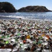 Стаклената плажа во Калифорнија (1)