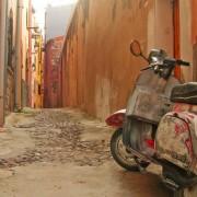 Боза, заспано рибарско село во Сардинија