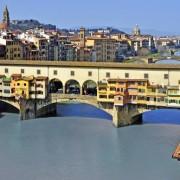 Мостот Понте Векио во Фиренца