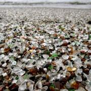 Стаклената плажа во Калифорнија (2)