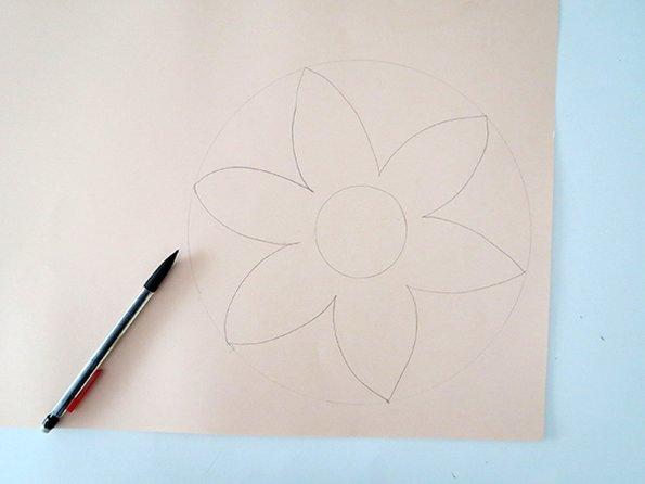 Направете сами: цветни украси за свеќи за пријатен амбиент