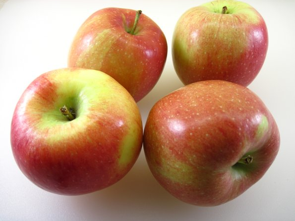 Зошто е многу важно да изедете макар едно јаболко денес?