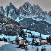 Финес, Италија